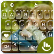 Romantic Love Photo Keyboard Theme app in PC - Download for Windows